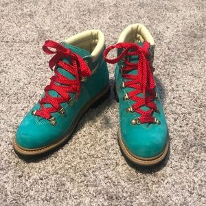 Never Worn Vintage Turquoise Hiking Boot